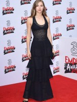 3E6FA0CF00000578-4329852-Rising_starlet_Hermione_Corfield_23_stepped_out_at_the_Empire_Aw-m-68_1489968752992