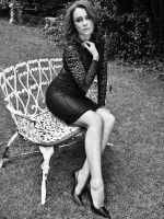 keeley-hawes-black-and-white-picture-october-red-magazine-celebrity-interviews-redonline